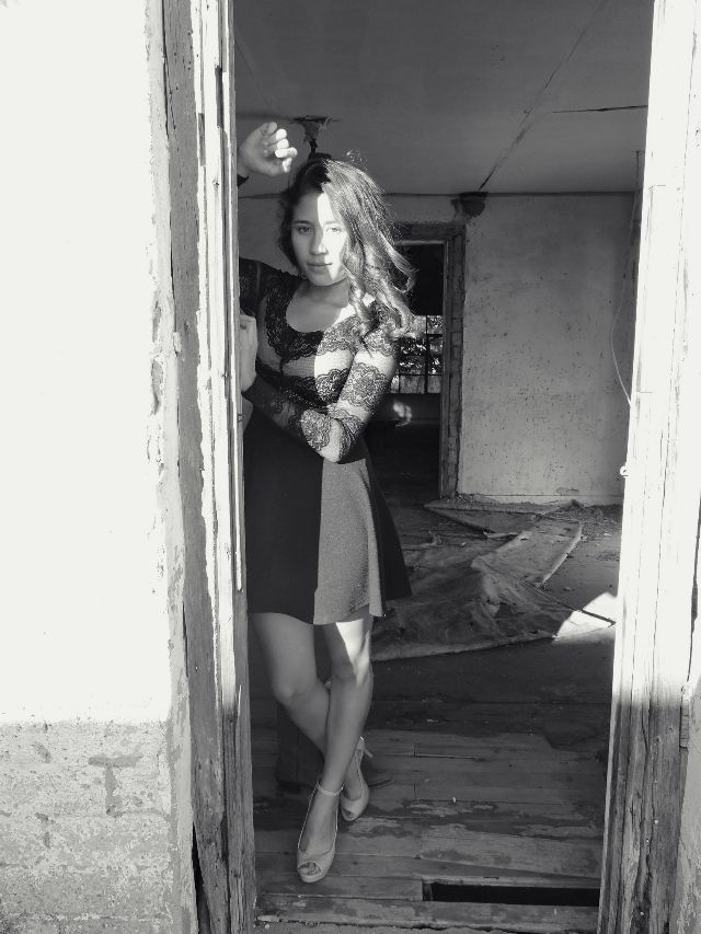 """Stuck between darkness and my shinning soul. "" - liz        #photography #nikon #girl #in #dress #myterious #amazing #black #white #modern #sun #hair #love #dark #light #torn #good #interesting #art #model #darkness #soul #shinning"